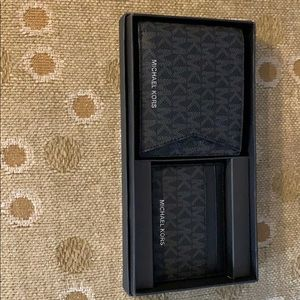 Michael Kors bifold wallet and card case set